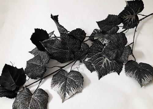 Ветка винограда черная с серебром Н=100см. Э4602