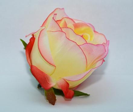 Бутон розы полураспущенный «Василиса» d=8см  Г22
