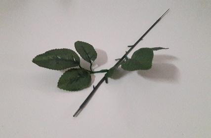 Ножка для розы с обож.листом Н-50см Б/С  О492