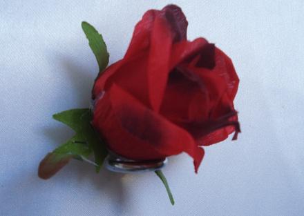 Бутон розы «Куба» d-6, h-9см Б/С  Г62