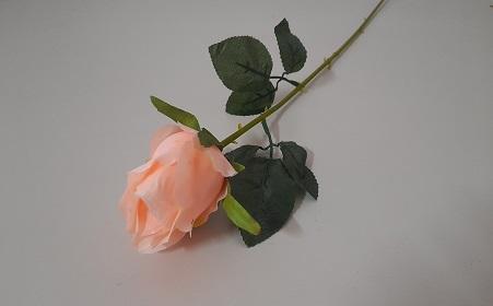 Одиночный бутон розы Н-72см Б/С  О578